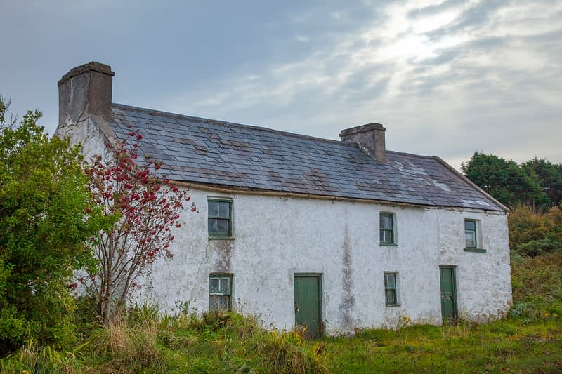 Traditional Irish cottage, Bunbeg, Gweedore, County Donegal, Ireland.