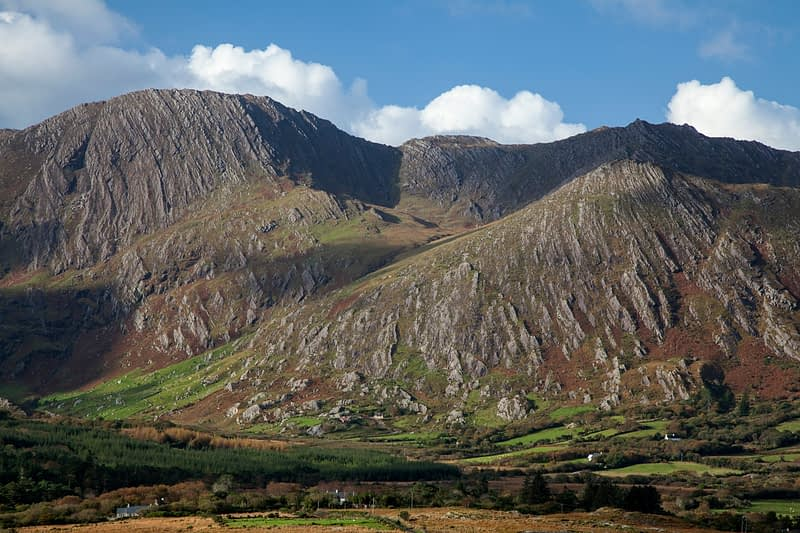 Coomacloghane and Tooth Mountain, Glanmore Valley, Beara Peninsula, County Kerry, Ireland.