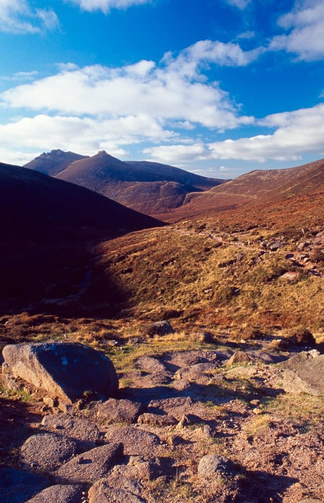 The Brandy Pad beneath Slieve Bearnagh, Mourne Mountains, Co Down, Northern Ireland.