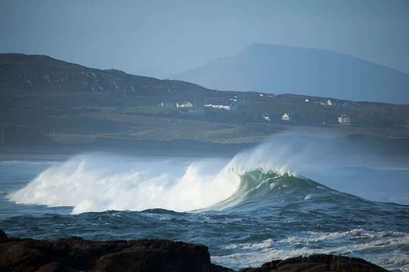 Waves breaking in Ballyhiernan Bay, Fanad Head, County Donegal, Ireland.
