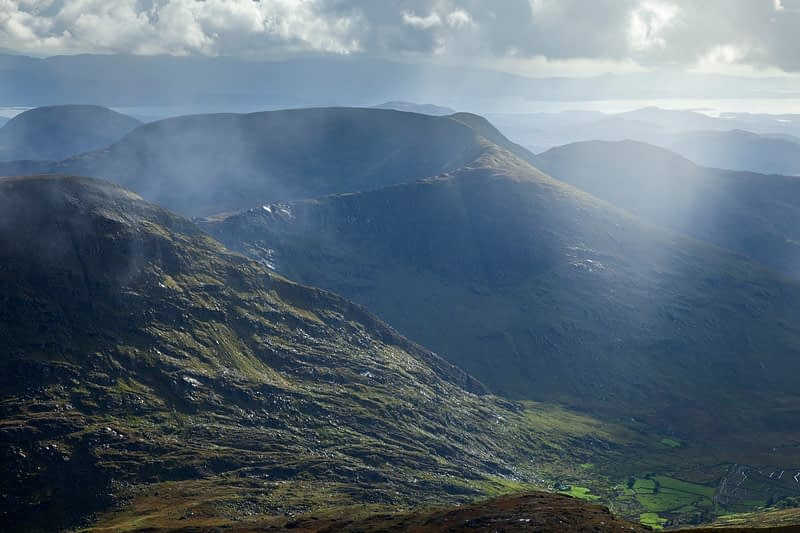 View south to Stumpa Duloigh from Carrauntoohil, MacGillycuddy's Reeks, County Kerry, Ireland.