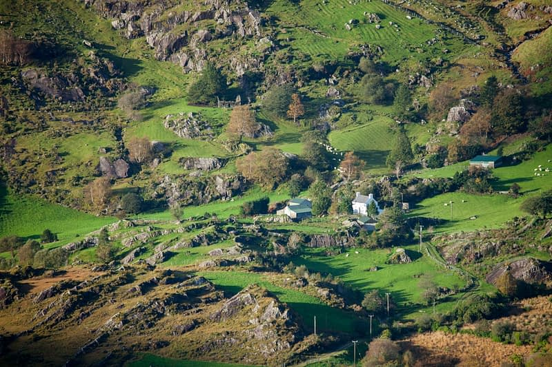 Farmhouse in the rugged Glanmore Valley, Beara Peninsula, County Kerry, Ireland.