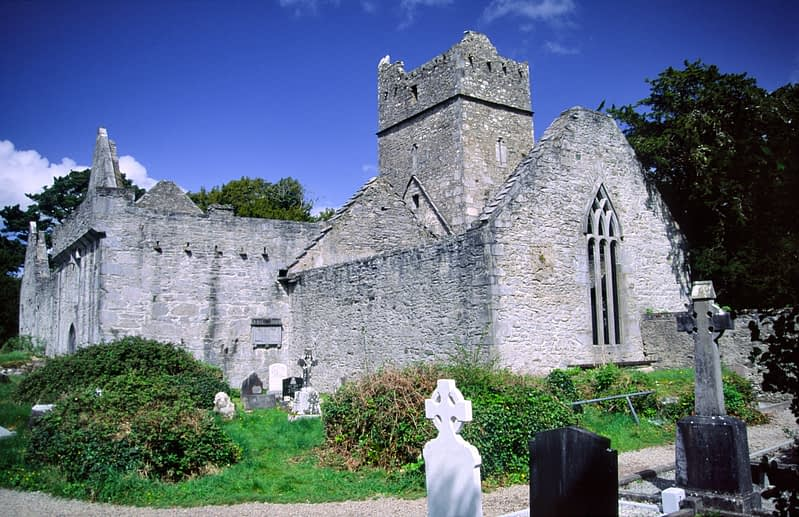 Muckross Abbey, Killarney National Park, Co Kerry, Ireland.