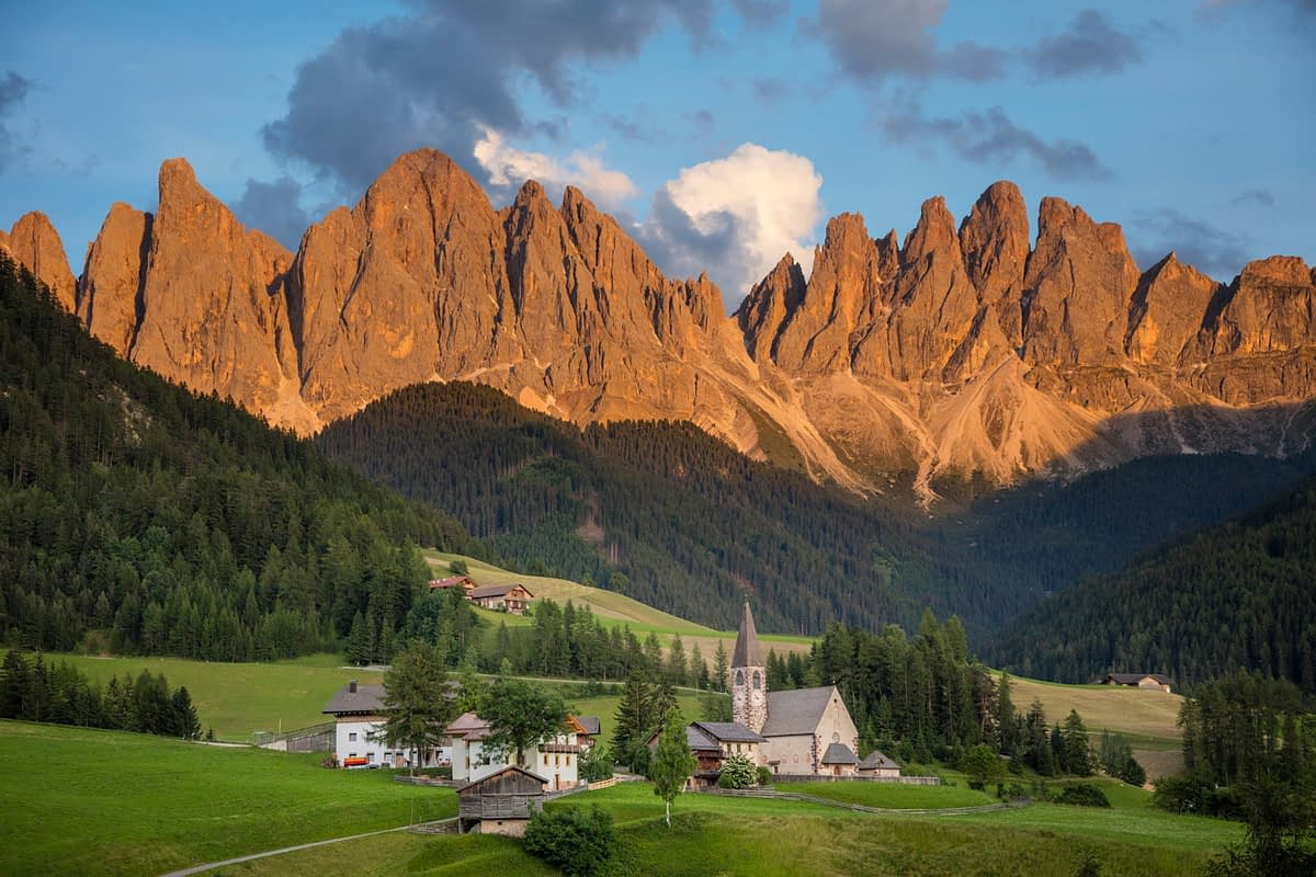 Evening light on the Dolomites above St Magdalena, Val Di Funes, South Tyrol, Italy.