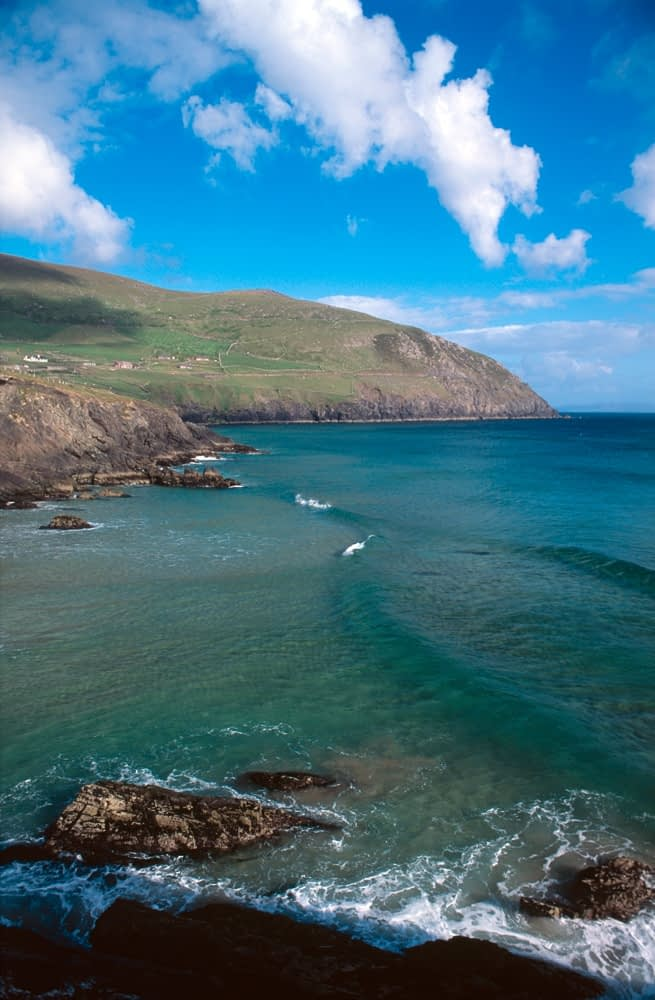 Coumeenoole Bay, Slea Head, Dingle Peninsula, Co Kerry, Ireland.